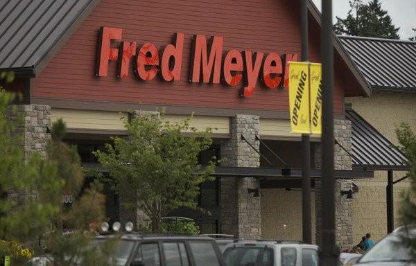 Fred Meyer charged 10-cent deposit on containers that can't be returned for refund, class action suit claims