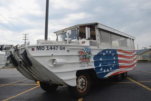 Lawsuit filed in fatal duck boat sinking seeks $100 million